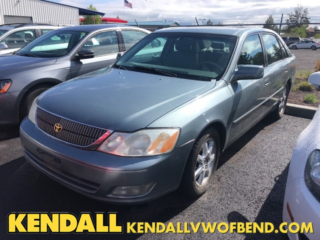 Pre-Owned 2002 Toyota Avalon XLS