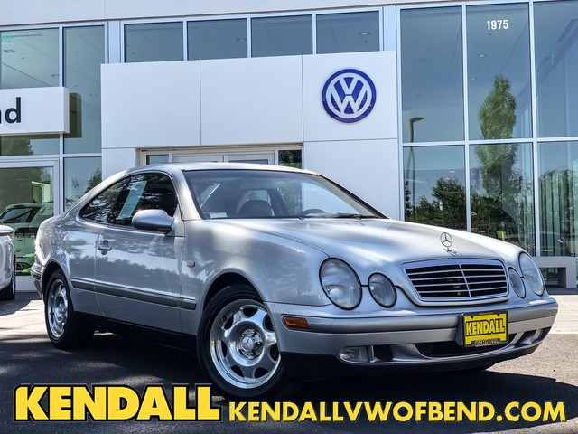 Pre-Owned 1999 Mercedes-Benz CLK